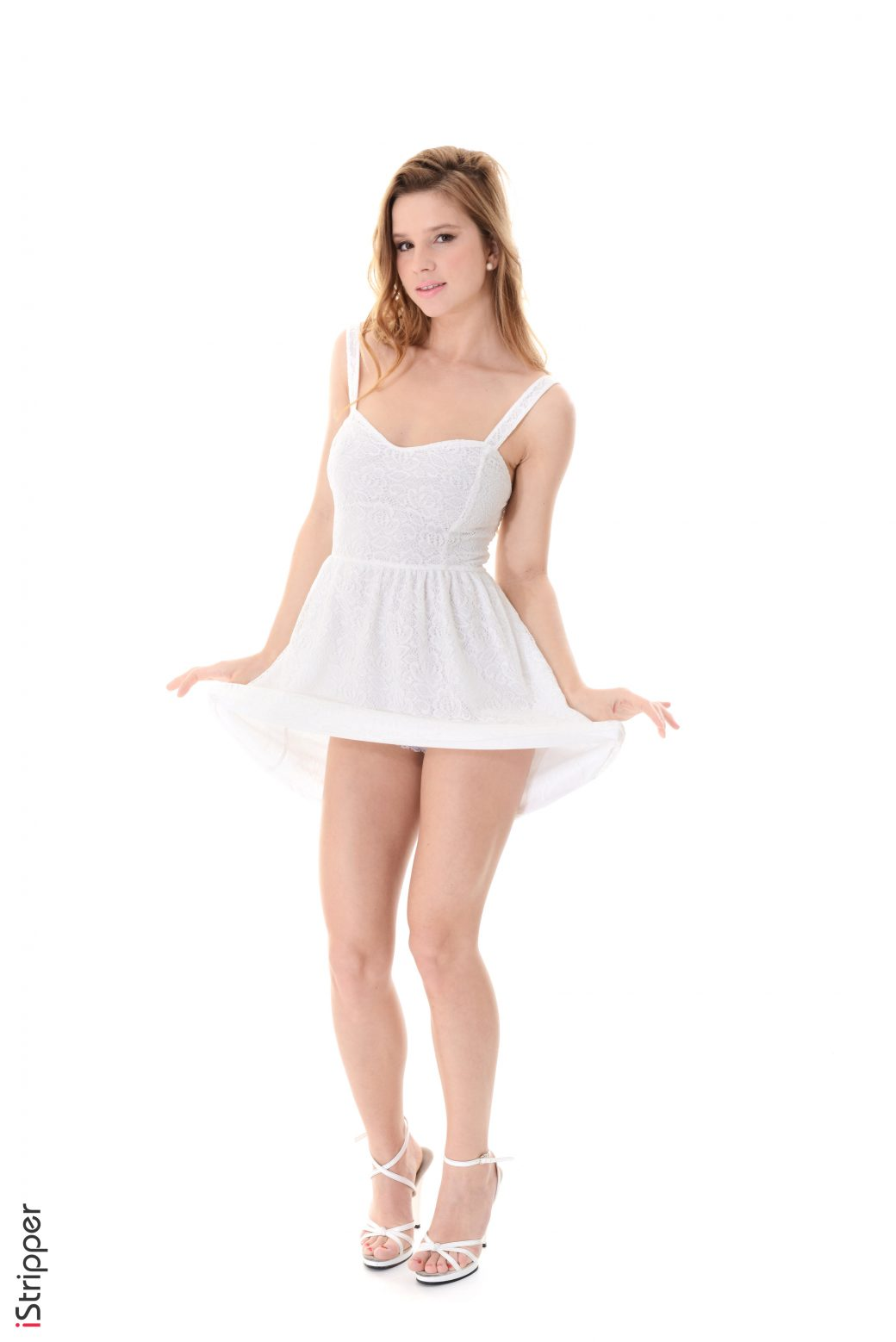 Vanessa Mio Little Angel - Virtual sexy dance of pornstar
