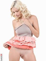 Twister lollipop pov striptease