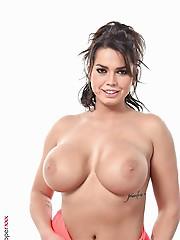Chloe Lamoure Peach Pie free strippers videos