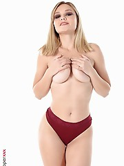 Bogdana Cranberry Flavored desktop girl free download virtua hot desk top babes